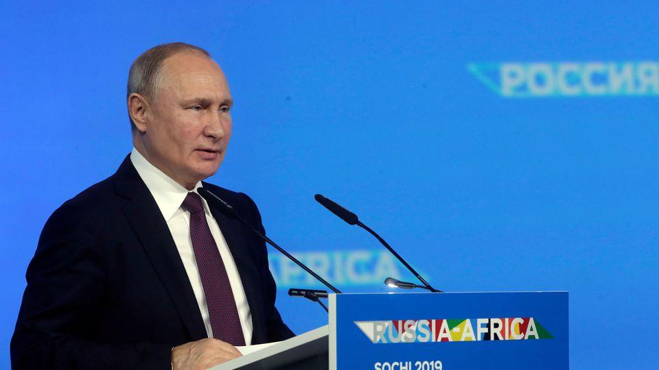 À Sotchi, Poutine annonce ses ambitions pour la relation Afrique-Russie